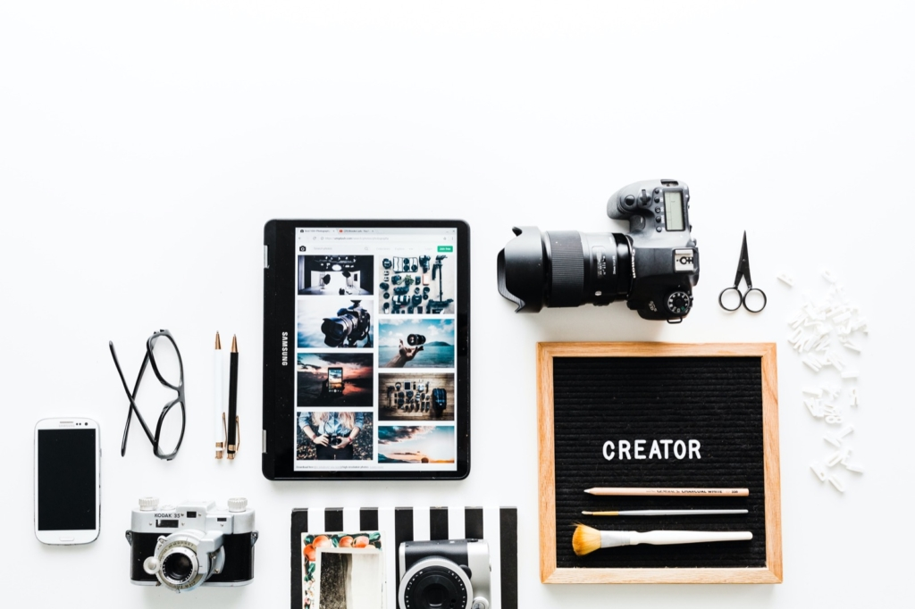 Learn how to create a photography blog in this guide.